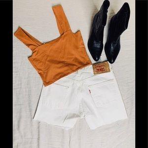 Vintage 501 White Levi's shorts .